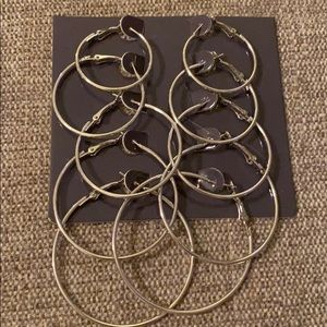 Jewelry - Hoop earrings